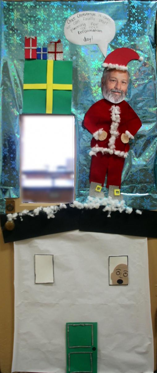 Christmas Door Decoration Contest Phil Mont Christian