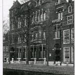 Het nog immer bestaande Leidse Volkshuis, alwaar het in 1919 allemaal begon.
