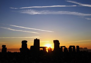 Summer solstice sunrise over Stonehenge 2005. Photo Andrew Dunn