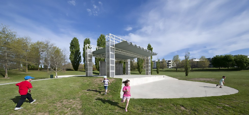 tuggeranong stage_philip-leeson-architects_217