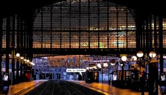 Paris // Gare du Nord sunset -- Medium 90x50 219€ // Large 140x80 429€