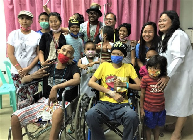 APL DE AP donated eye machine to Pampanga