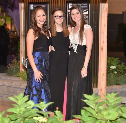 Katelyn Geiger, Megan Geiger and Kara Ciaccio