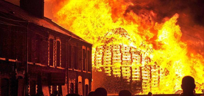 LoyalistBonfire2015