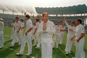 Clive Rice leads South Africa back in to international sport.