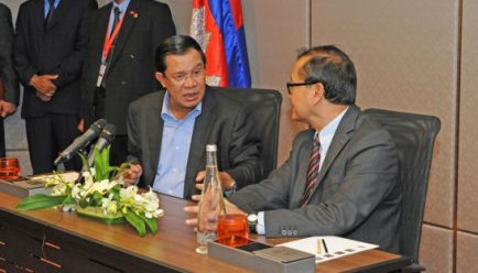 Prime Minister Hun Sen and opposition Cambodia National Rescue Party leader Sam Rainsy