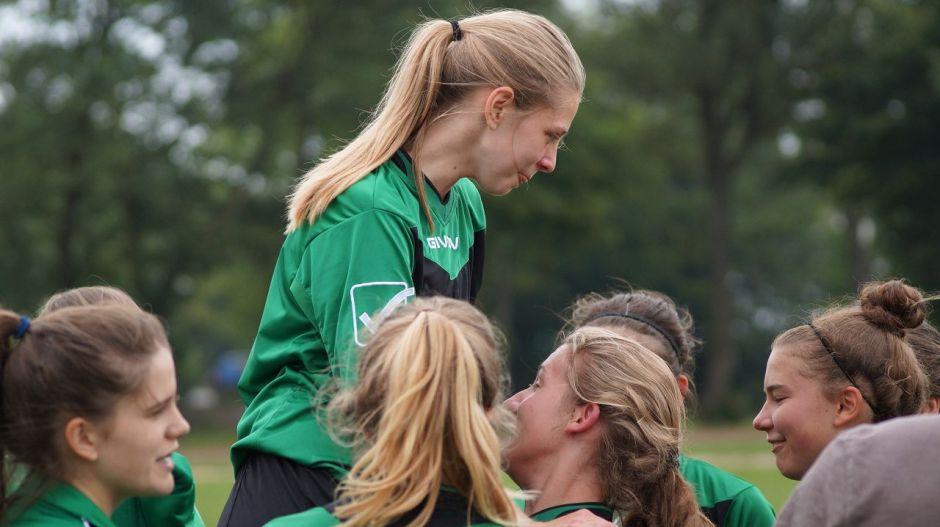 B-Juniorinnen steigen in die Bezirksliga auf