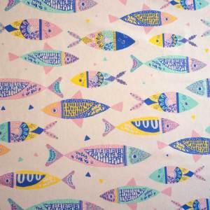 C20 - Canvas Colour Fishes