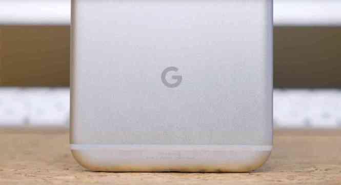 Google logo Pixel XL rear