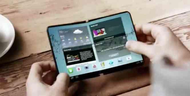 Samsung foldable smartphone concept
