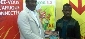 Phonerol.com reçoit Aristide Guy Kouakou, lauréat AWEF 2015