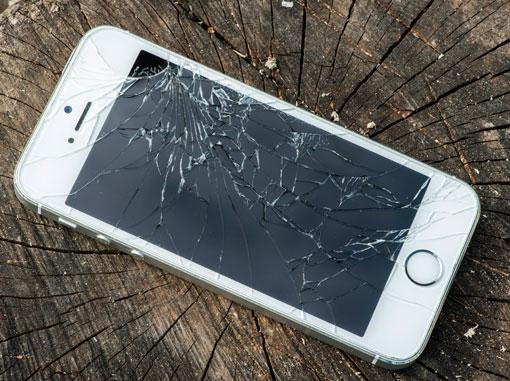iPhone Screen Repairs from £25