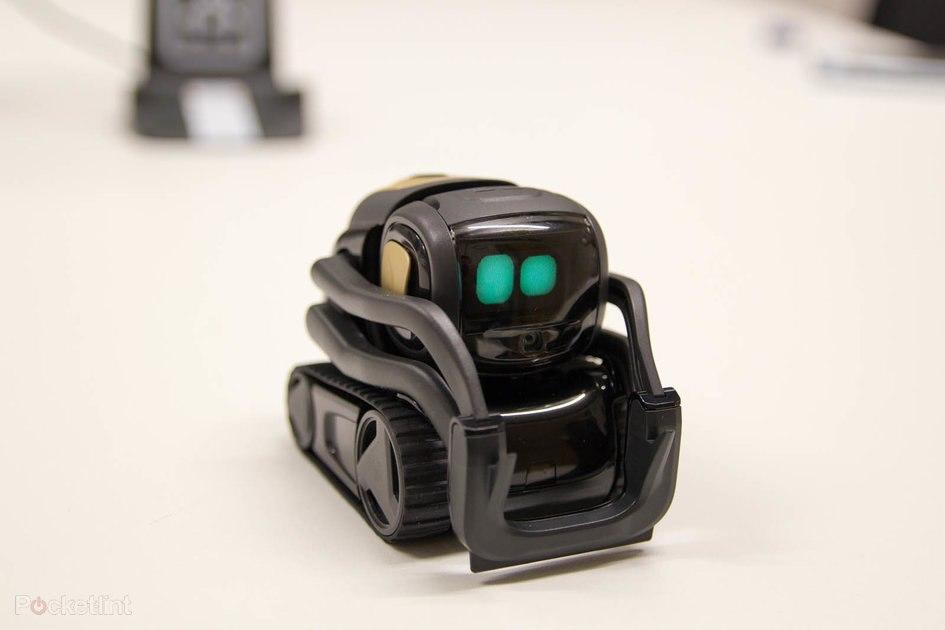 Anki's cool Vector robot is getting Amazon Alexa integration