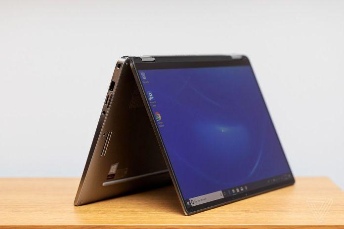 Dell Latitude 7400 2-in-1 tent mode