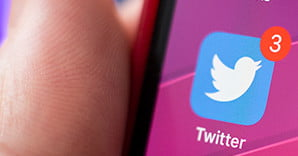 Quit Hitting Refresh: Twitter Is Testing a Subscribe to Tweet
