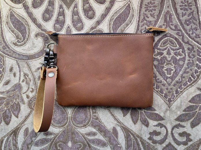 Pad Quill Leather Laptop Tote Clutch