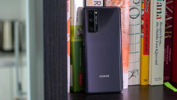 Honor 30 Pro+ black rear books