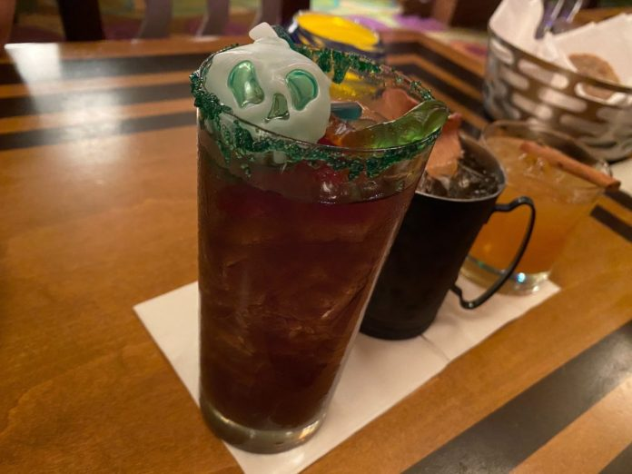 witches-brew-the-wave-of-american-flavors-disneys-contemporary-resort-4