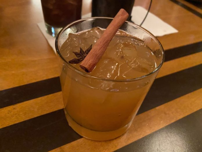 harvest-punch-the-wave-of-american-flavors-disneys-contemporary-resort-1