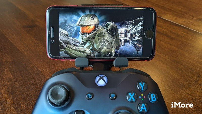 Xbox Game Pass Ios With Xbox Controller Cropped