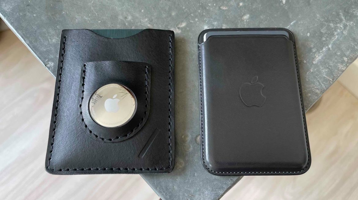 Snapback Slim Air wallet for AirTags - next to Apple's MagSafe Leather Wallet for iPhone 12