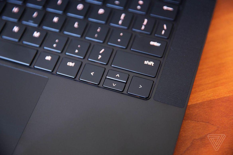 The arrow keys on the Razer Blade 14 laptop.