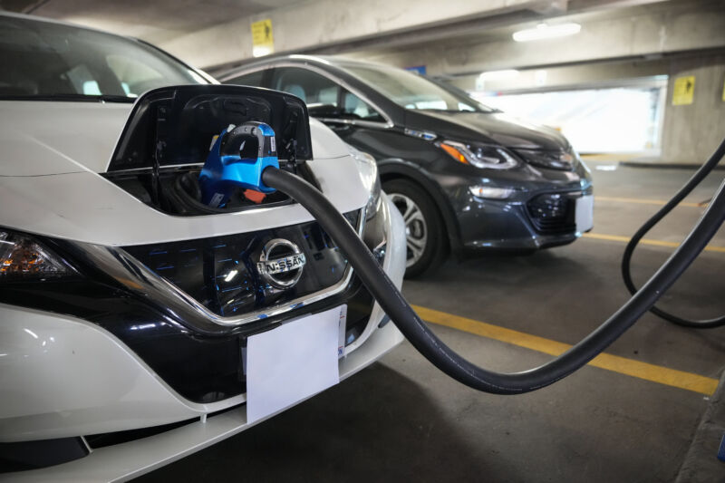 Widespread EV charging stations will be critical for New York to feasibly phase-out new fossil fuel vehicles by its 2035 deadline.