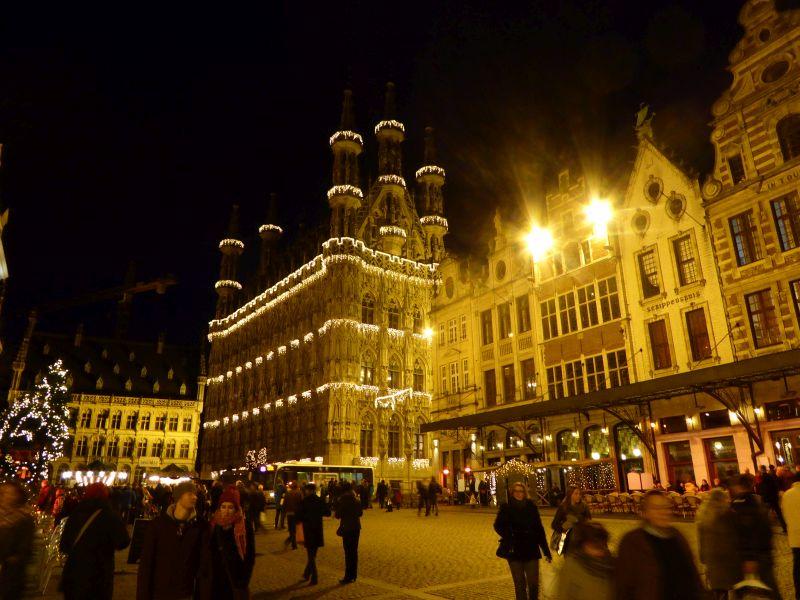 grote markt bij nacht