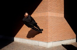 Helene Decuyper france photography phosmag online magazine man wall