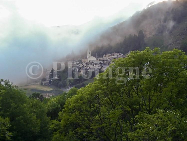 Le village d'Usseaux près duquel nous installons le bivouac