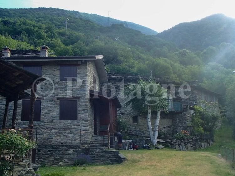 De jolis villages italiens sur les pentes de la vallée de Suse