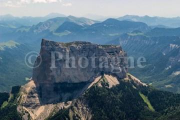 Le mont Aiguille depuis le Grand Veymont