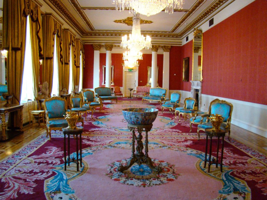 State Drawing Room Dublin Castle Waterford Crystal Chandeliers