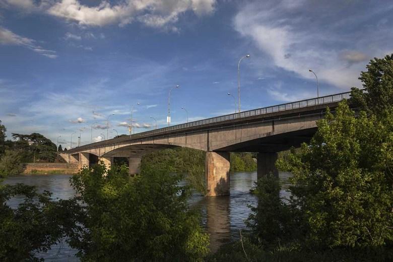 Pont de Pierre à Agen en 2015