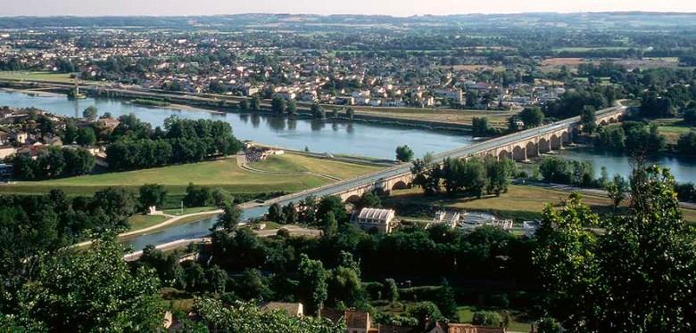 Pont-canal à Agen