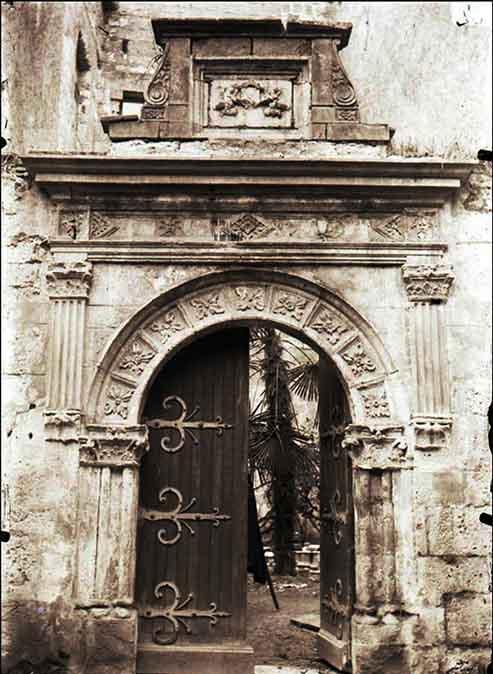 Porte Hôtel de Vaurs entrée du musée en 1876