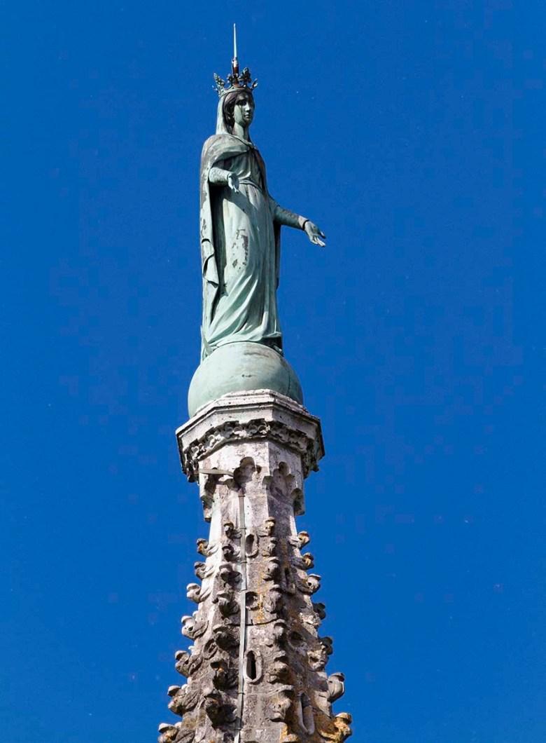 Vierge au sommet du Clocher de l'Ermitage-