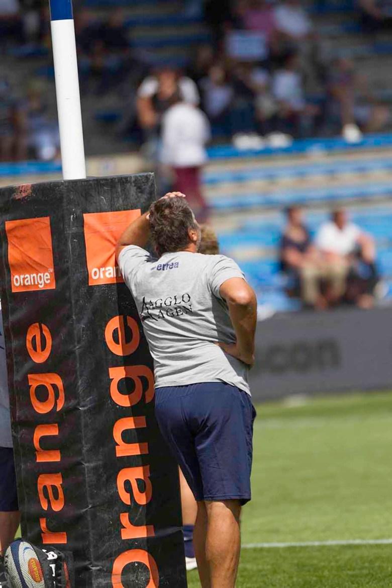Mauricio Reggiardo songeur avant le Match