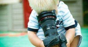 child-with-dslr