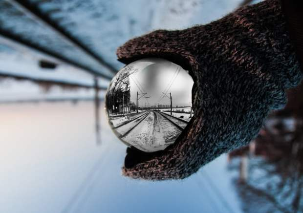 glass ball photo winter