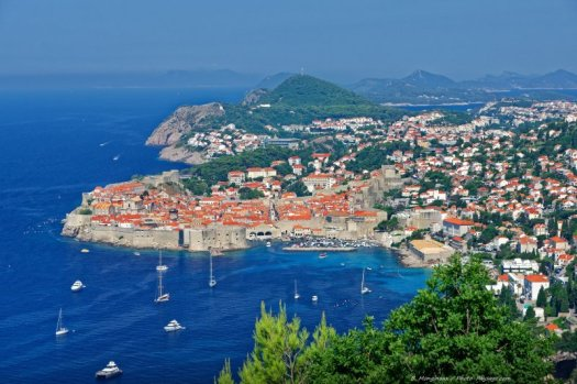 Photo du port et des remparts de Dubrovnik, Croatie