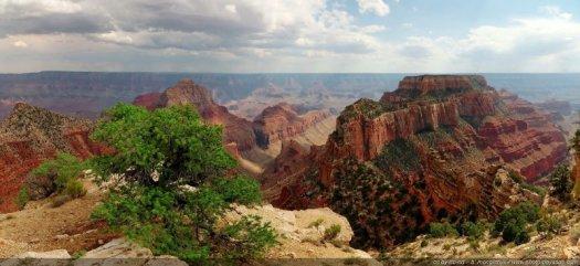 Un paysage grandiose vu depuis Cape Royal, Grand Canyon National Park (North Rim).   Arizona, USA  (Assemblage panoramique HD)