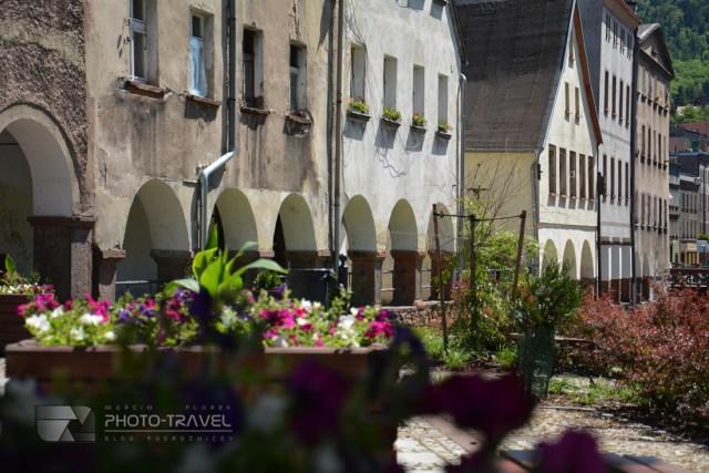 Domy tkaczy w Nowej Rudzie - jedna z głównych atrakcji turystyczych miasta