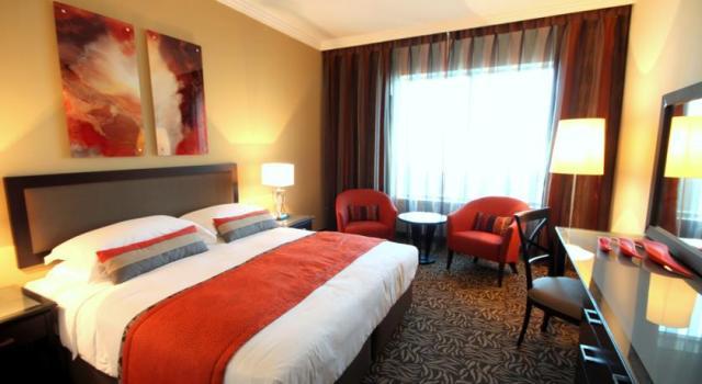 فندق تاورز روتانا دبي من ارقى فنادق دبي مول