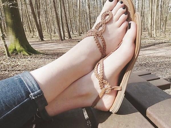 اقدام جميلة
