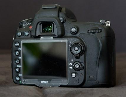 Nikon D600 hinten