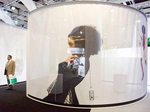 Canon's 2006 stand - light and airy