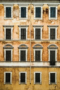 16 Fenster - PHOTOGALERIE WIESBADEN - im süden - fenster und türen