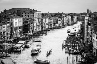 canale grande 3<br> <br>v : e : n : e : z : i : a<br>limitierte edition<br>© PHOTOGALERIE WIESBADEN