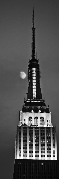 empire state building in moon light (limitierte edition) - PHOTOGALERIE WIESBADEN - new york city - fascensation